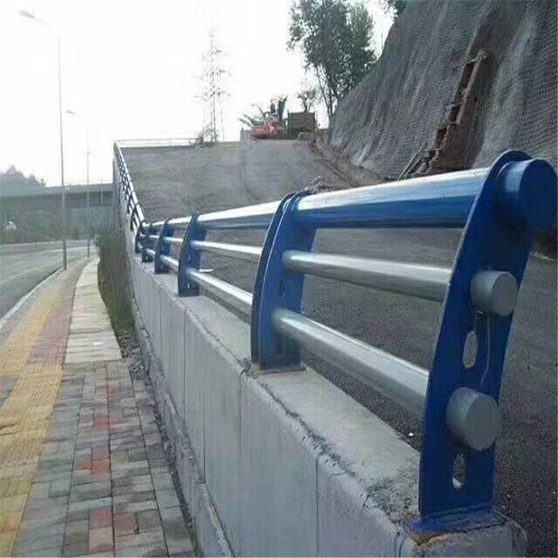 .不锈钢护栏